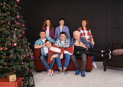 Фотосессия для большой семьи в студии Харьков